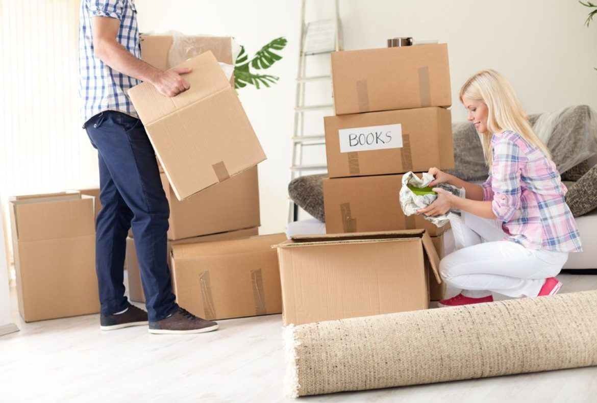 4 Things to Consider When Hiring a Moving Company